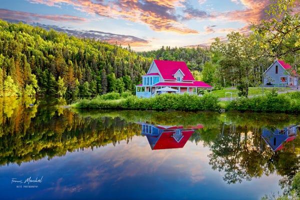 Photo reflet, maison Quebec